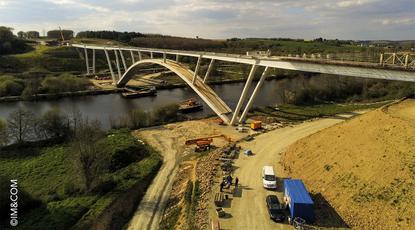 Actualité : Réalisation du hourdis sur le viaduc de la Mayenne à Château Gontier_1132x660